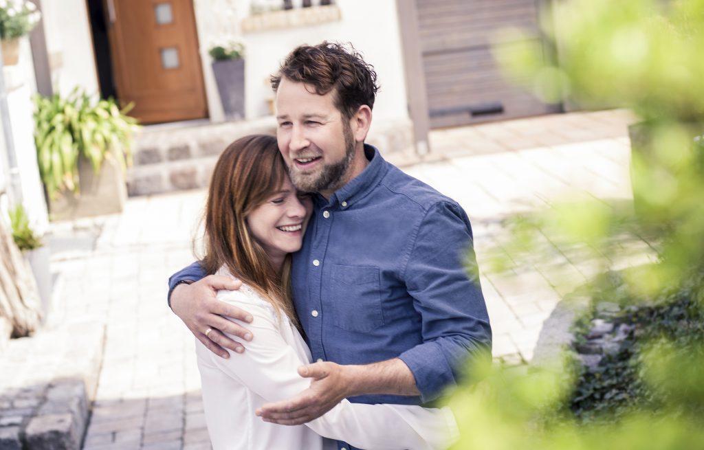 Junges Paar sucht Immobilie zum Kaufen